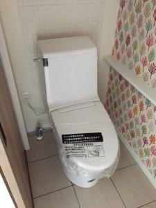 16トイレ