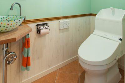 トイレをもっと快適に!おしゃれと便利さをかなえる収納術とは?