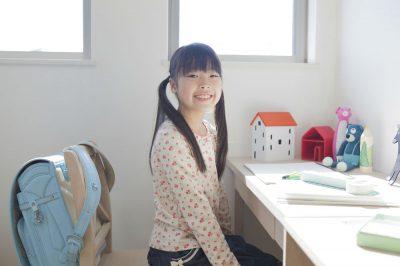 子どもが進んで勉強する気になる勉強部屋のレイアウトとは?