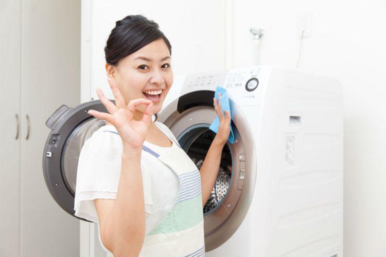 快適な住環境づくりのために知っておきたい!洗濯機の効果的な掃除方法とは?
