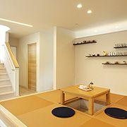 2階に上がるには、必ずLDKを通る位置に階段を設けているので、家族のコミュニケーションもバッチリです。