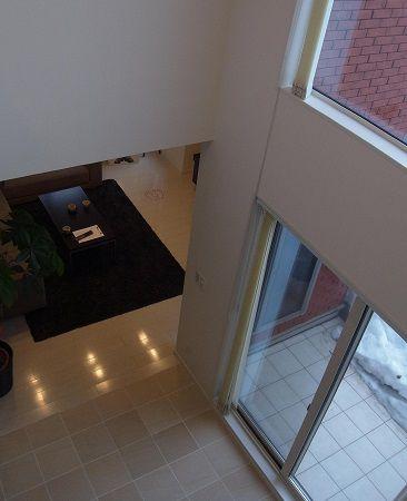 家族の気配を感じる吹き抜け。DKの上部に設けることにより2階の子供部屋とのつながりも強くなります。