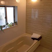 子供と一緒にゆったりお風呂(1.2坪)。半身浴も広々リラックス。