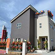 暮らしのゆとりを育む6層の家「シックスプラス」。どうぞご覧ください!