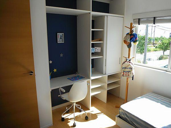 男の子のお部屋は、ブルーを基調にした元気なお部屋。