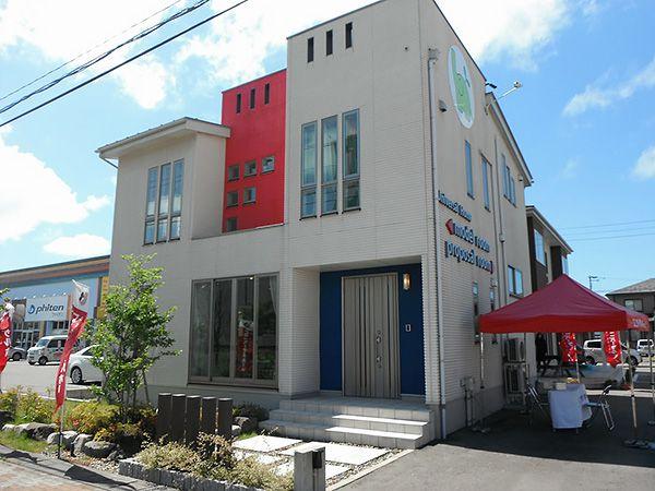 ユニバーサルホーム新潟西店は全国のシックスプラスの発祥の地。他ではなかなか見れない、6層住宅をお楽しみ下さい。