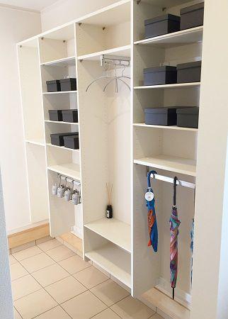 家族の靴や趣味の道具などしっかり収納できます。