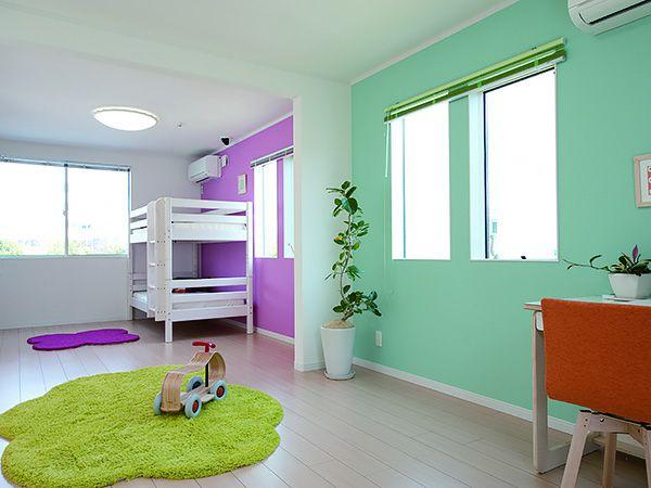 仕切りを無くし大空間の子供部屋、お子様の個性を育みます。