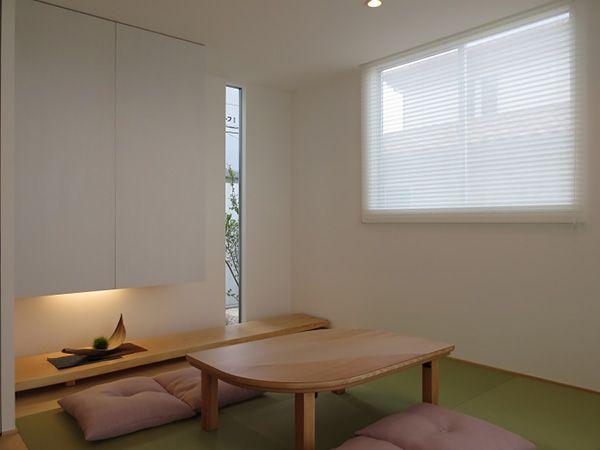 3枚引き込み戸の障子で仕切られた和室は、開放的にもなり、LDKとの一体感が感じられます。