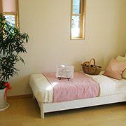シンプルな間取空間で子供の成長に合わせて家具の配置も楽々です。