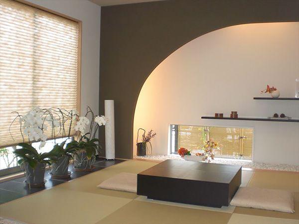 LDKにつながる和室。開け放せば、リビングの延長として開放的に利用でき、個室としてもしっかり使えるくつろぎの和空間です。