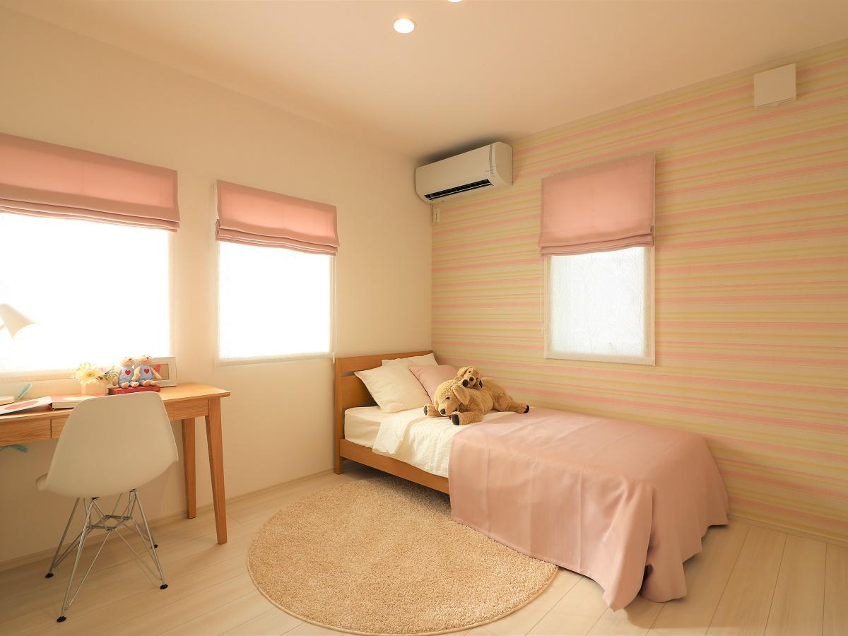 2つの部屋を穏やかにつなげ、成長に合わせて仕切ったりと可変できるスペースです。