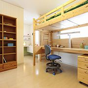 多目的に使えるカルチャールームを併設し、独立性を確保しながら開放的にした子供部屋。