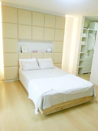 主寝室には、ママ・パパ別のクローゼットや、ドレッサーコーナー、書斎コーナーも設置しています。