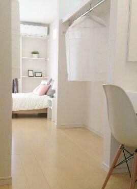 寝室やWICとつながるパウダールームです。ゆっくりおしゃれが楽しめそうです。