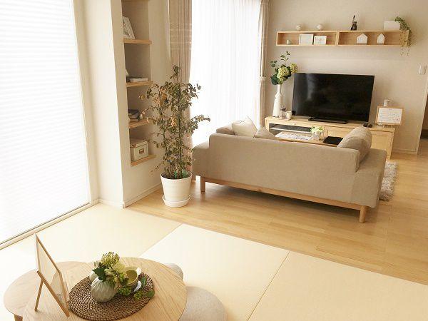 家族のコミュニケ―ションの中心にあるDKは暖かく、くつろげる空間