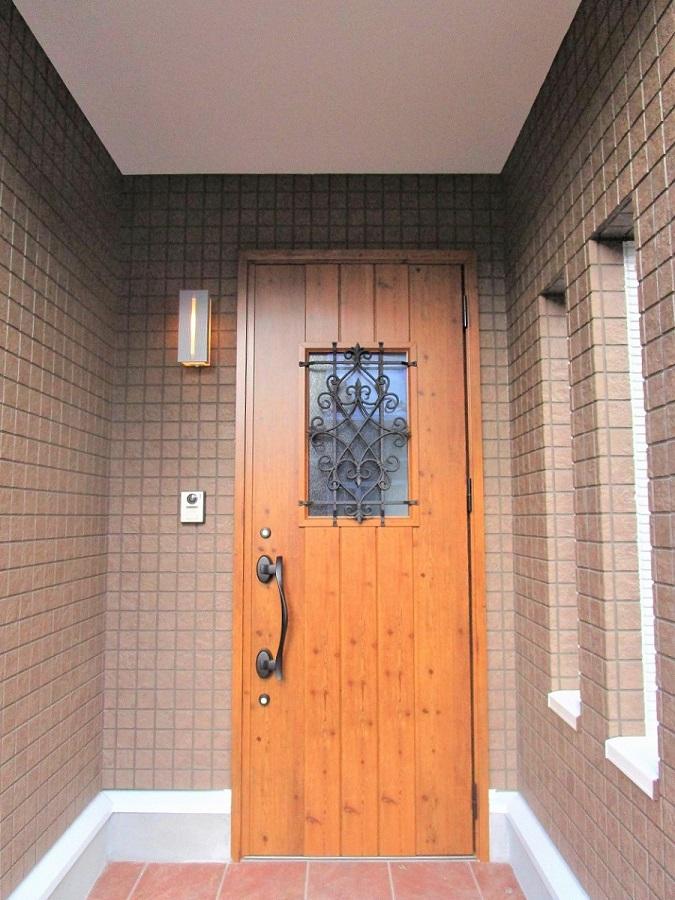 日当たりのいい明るい玄関