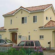 本格的プロヴァンスの2世帯住宅