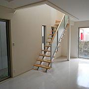 オープンリビング階段の家