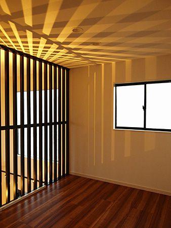 二階にある広めのフリースペースは、二箇所。将来は子ども部屋としても使えるようになっています。