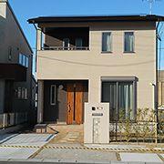 永く住まう大切な家だからこそ、あきのこないデザインですっきりと。