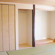 広々としたご両親の部屋には、基本的な床の間・仏間・押入れの他にミニキッチンやWICもあります。