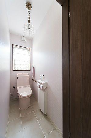床がタイルでも床暖房完備なので冷たさを感じません。ヒートショックの不安も軽減。