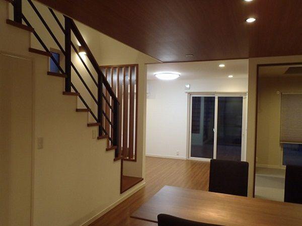 ほかの部屋へのアクセスもスムーズな動線です。