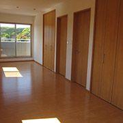 2階子供部屋は小さい頃は広く使い、お子様の成長に合わせて間仕切りができる間取りにされました。
