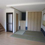 リビングにつながる畳コーナーは、さまざまな用途に使えるのでとっても便利です。