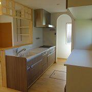 こだわりのキッチンには棚や大容量パントリーなど奥様には嬉しいキッチンに仕上がりました。