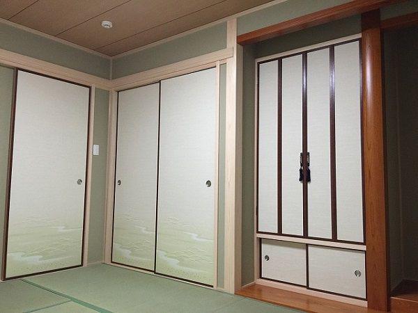 こちらは趣のある真壁風づくり。お施主様こだわりの和室です。