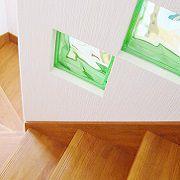 家中所々にあるグリーンのはめ込みガラスが、ここでもアクセントになっています。