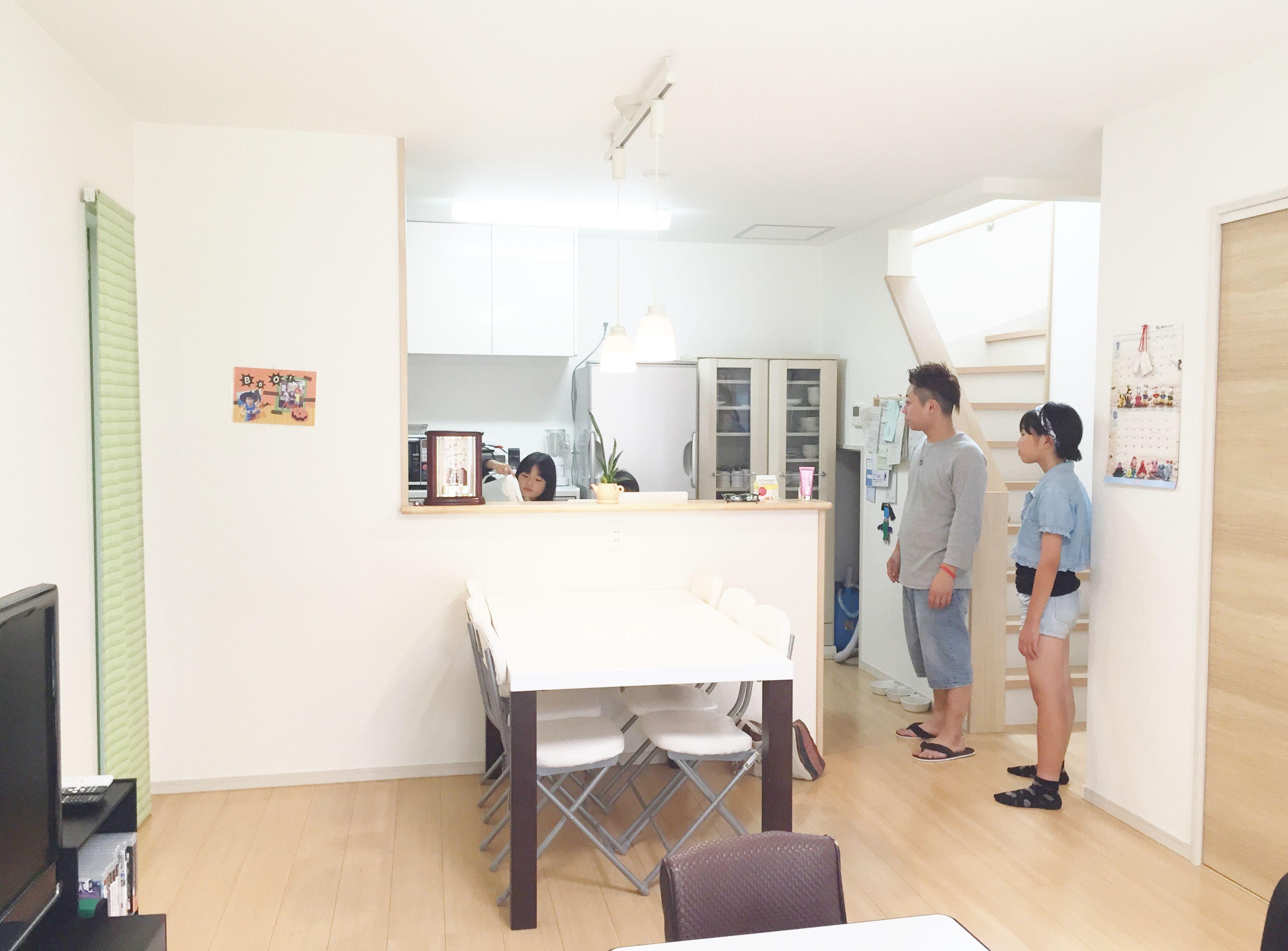 自然とみんなが集まるLDKはどこにいても家族を感じられるよう、対面式のキッチンと1つの空間にまとめたリビングダイニング