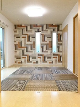 畳の柄やアクセントクロスで、個性的でモダンな和室になりました。和室はLDKと一続きになっています。