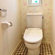 こちらもお子様のリクエストで花柄のかわいいトイレとなりました。