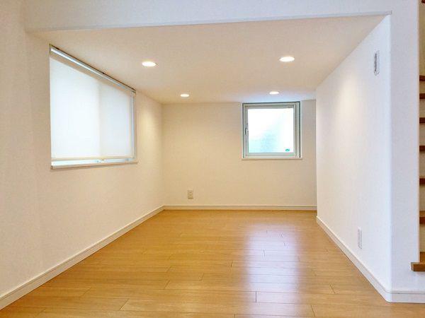 Kidukiボックスは、お子様の隠れ家。 見学会中も、「ここ、私の部屋~!」とお子様たちに大人気の空間でした。 お子様が大きくなってからは、ゆっくり横になってくつろぐスペースになることはもちろん 収納に使うこともできます。