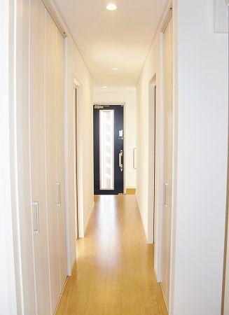 メーターモジュールによる有効開口の広い広々廊下