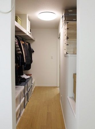 寝室・和室にすぐつながり家事動線もスムーズ。