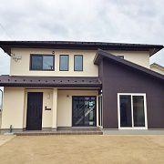 吹抜空間とスリット階段で開放感のある家【長期優良住宅・しまねの木の家・地域型住宅グリーン化事業】