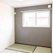 2階の和室は置き畳。畳を取り払うとフローリングの部屋に早変わりします。
