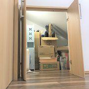 普段は使わないものを収納できる小屋裏収納を設けました。