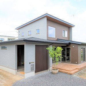 つながる、広がる、大開放リビングと庭のある家