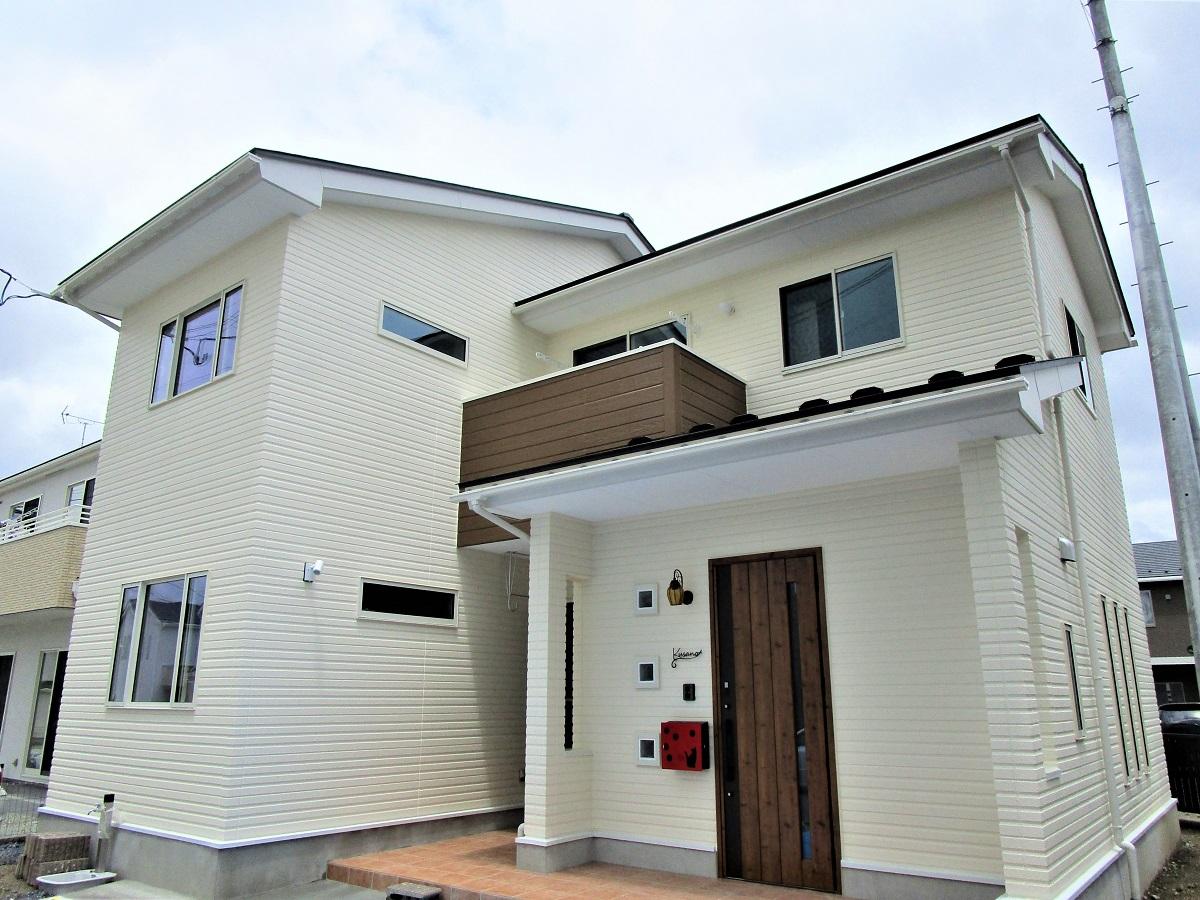 高性能ALC外壁材を使用した太陽光パネルの省エネ住宅です!